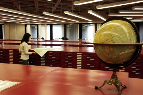 Photo of Map and Data Library
