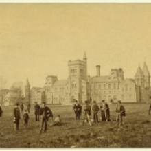 The University of Toronto: Snapshots of its History